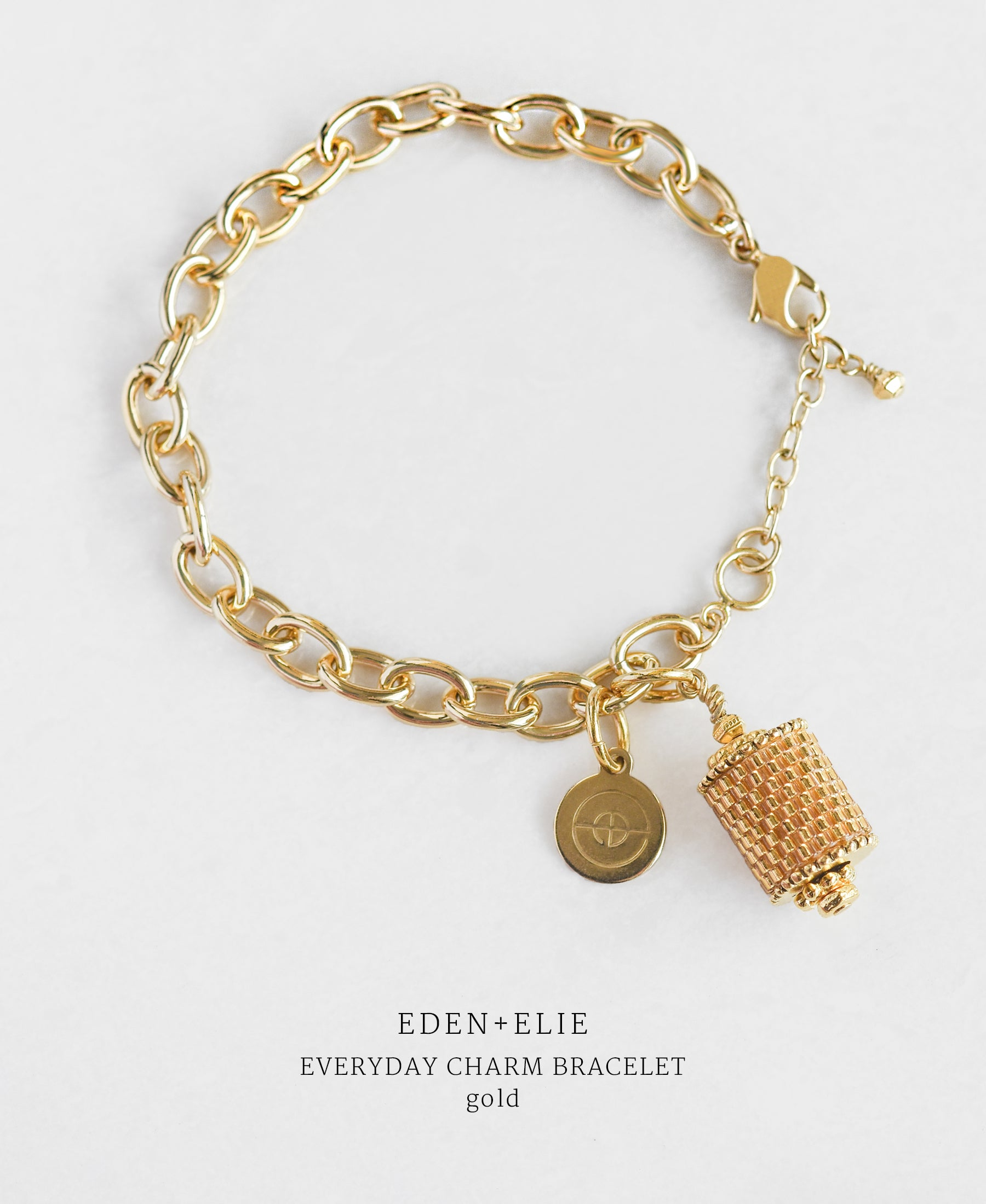 EDEN + ELIE Everyday gold charm bracelet - gold
