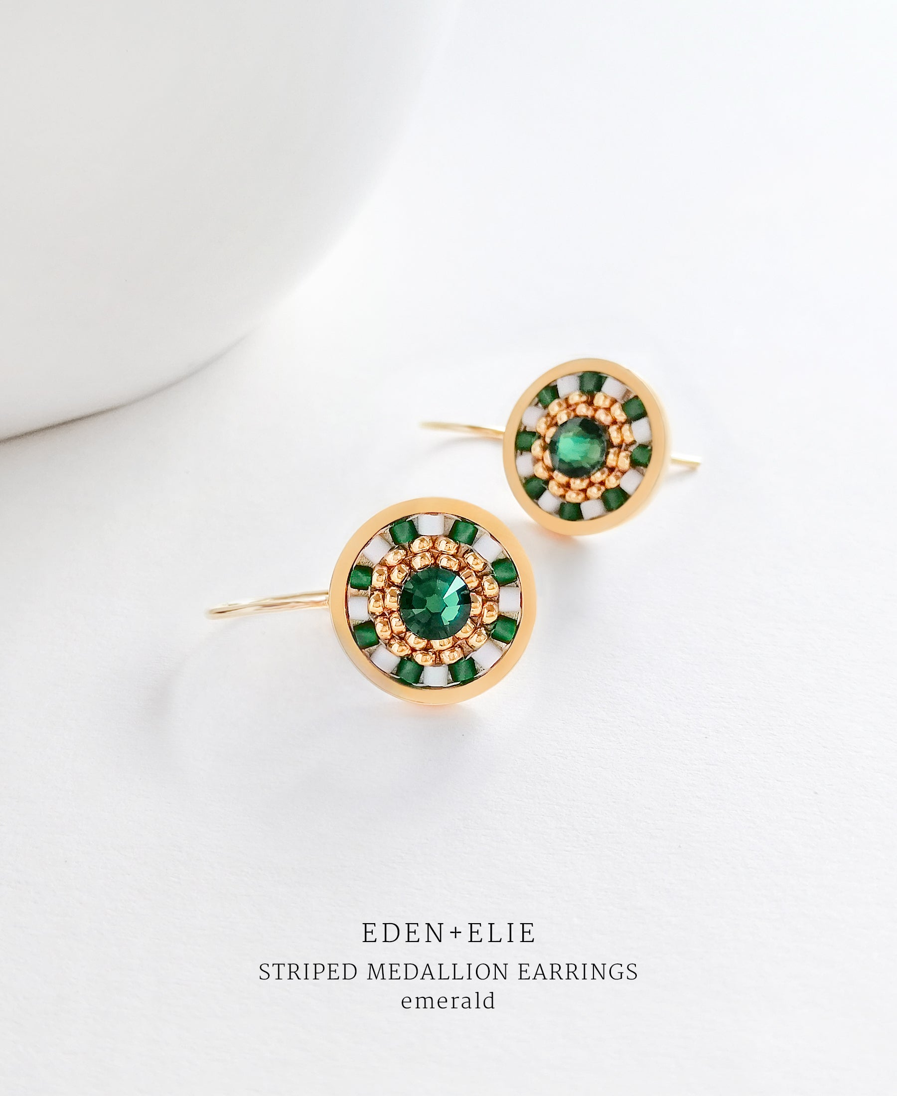 EDEN + ELIE Striped Medallion drop earrings - emerald