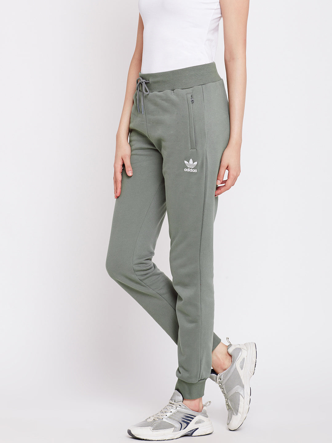 adidas pants outlet