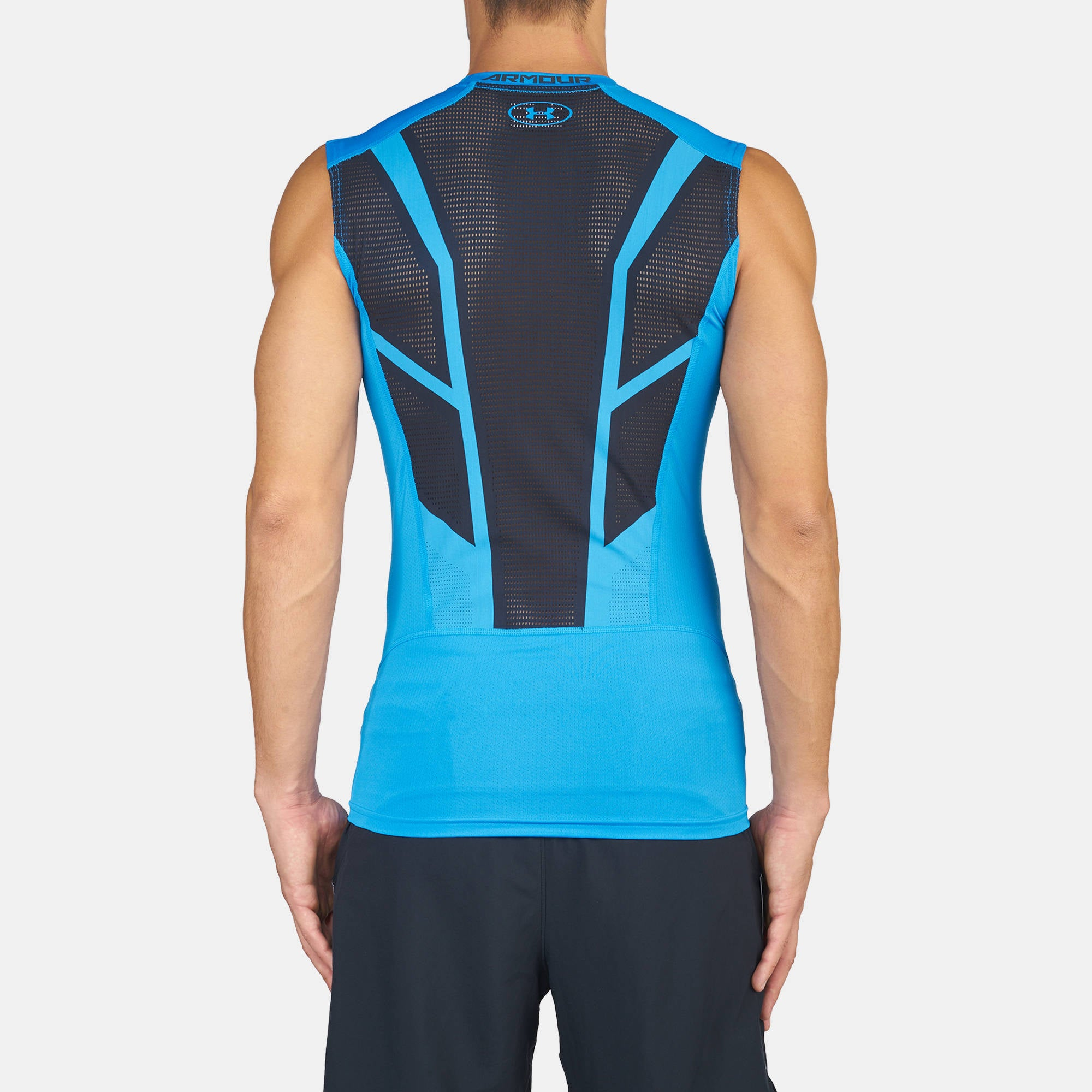 Men's UA HeatGear® Armour CoolSwitch Supervent Sleeveless Shirt 1277177-787