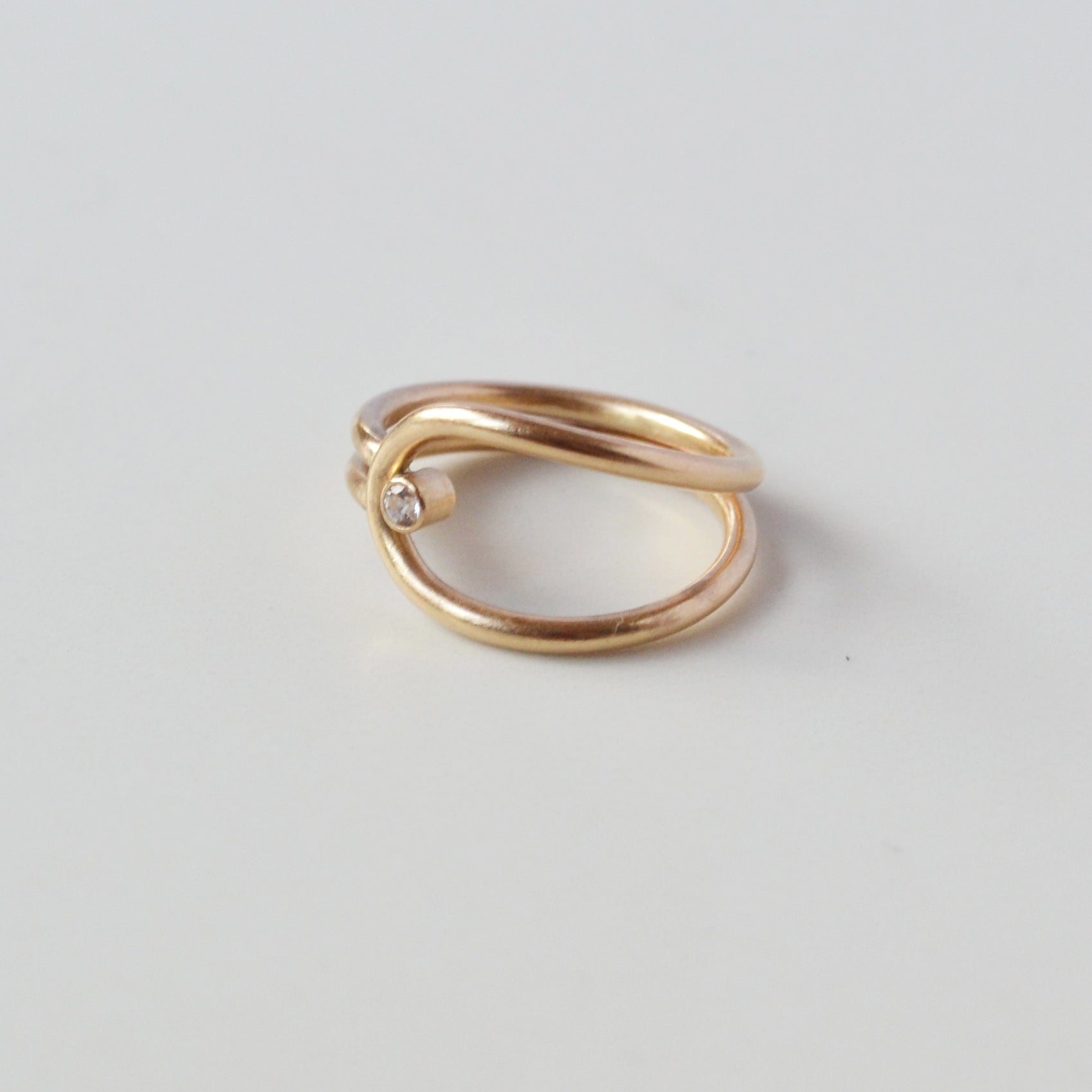 Lasso Ring in White Topaz, Gold or Silver