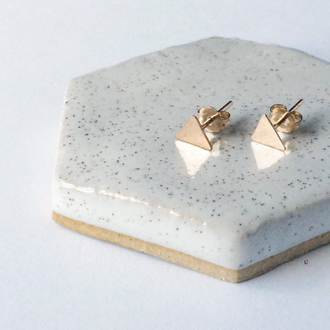 Dainty hammered triangle geometric stud earrings in sterling silver or 14k gold filled by Blossom and Shine