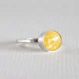 yellow coiled paper bead ring
