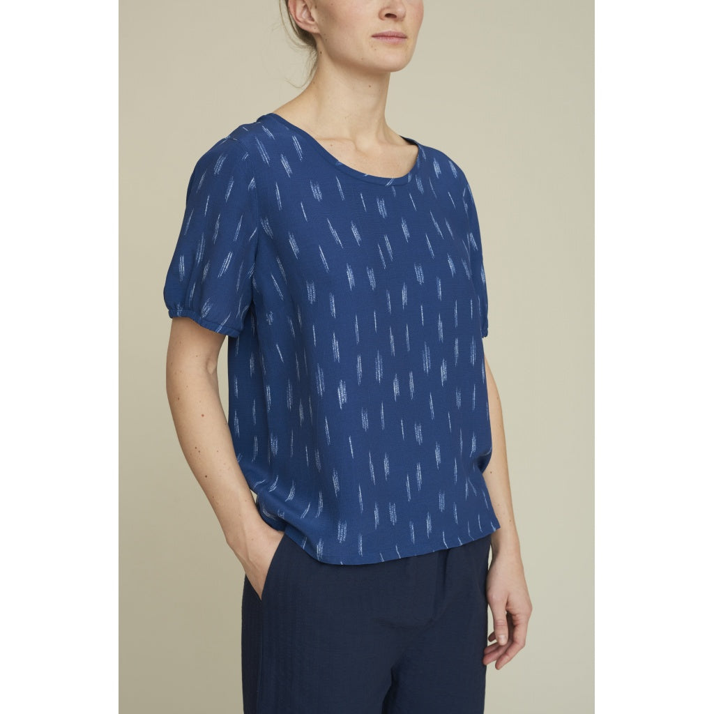 Image of   Basic Apparel - Top SS, Fleur - Mid Blue