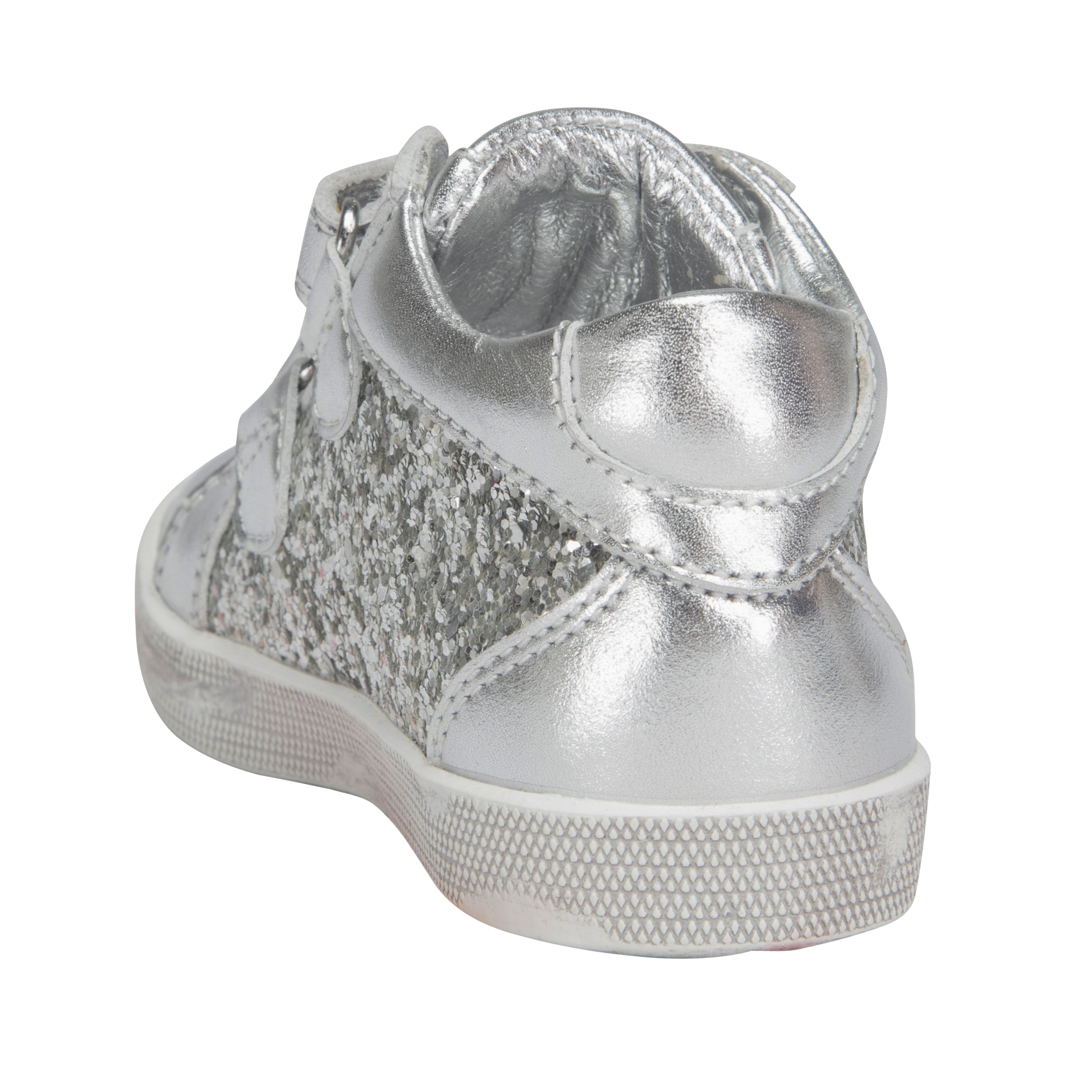 23e2ae51541 Petit by Sofie Schnoor - Baby Glitter Sneakers m. velcro - Silver ...