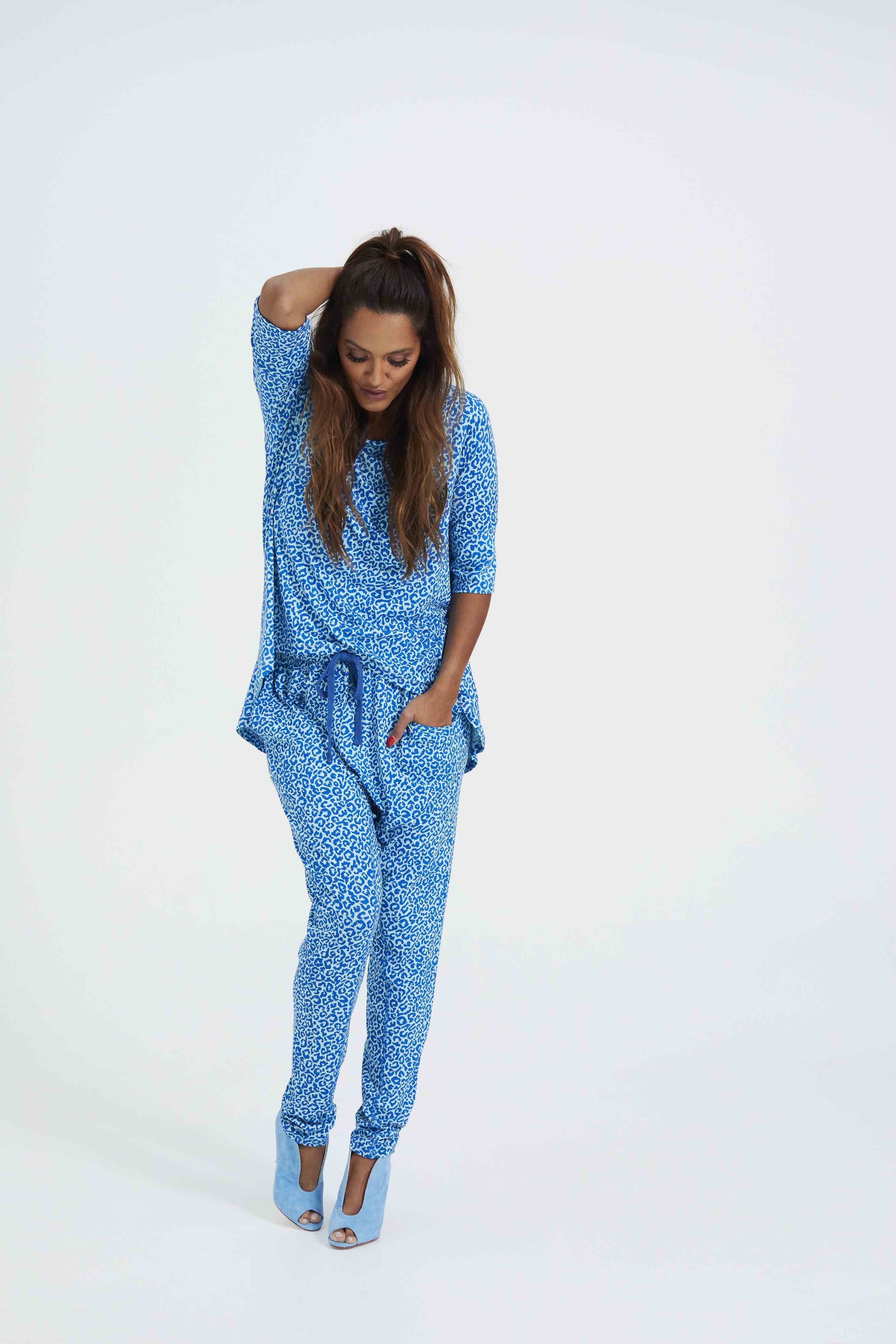 Comfy Copenhagen - Bluse, Straight From The Heart 3/4 Sleeve - Blue Leo