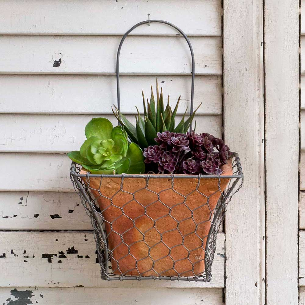 Square Chicken Wire Wall Planter