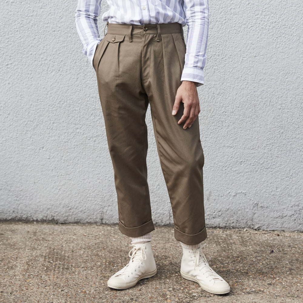 Please Front Chino in Khaki MADE IN ENGLAND