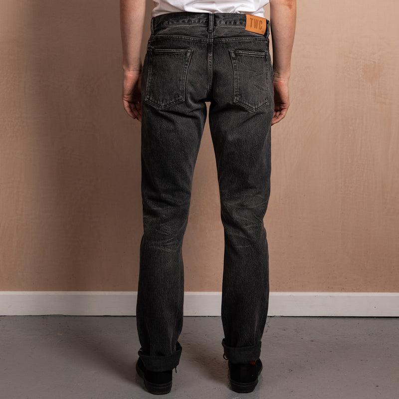 SLIM FIT - Selvedge Denim Jeans - Black Fade