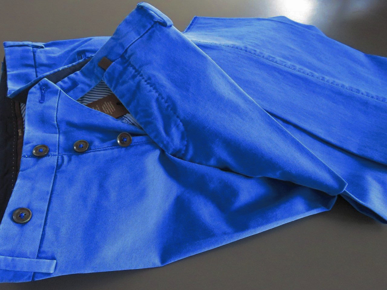 PT01 Pantaloni Torino - Model Business - Blu sky