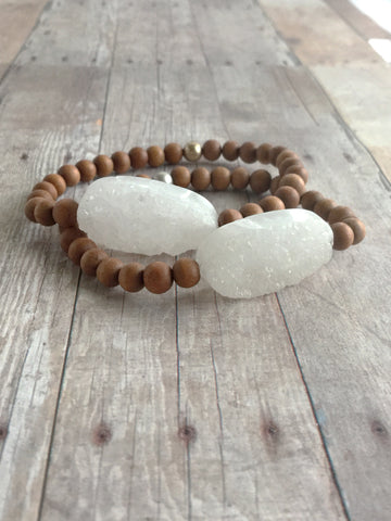 White Druzy Bracelet / Natural Sandalwood Bead Jewelry