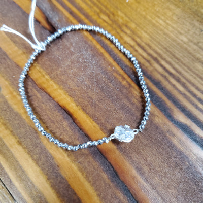 CUSHION STONE STRETCH BRACELET