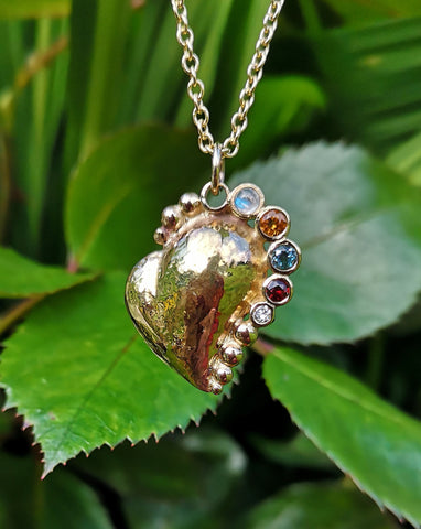 Hand made 14ct gold heart pendant
