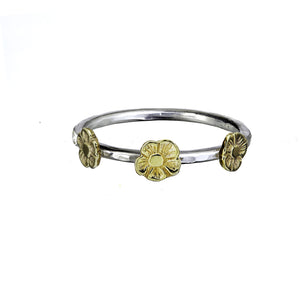 Three Tiny Flower Stacking Ring in 9ct Gold.