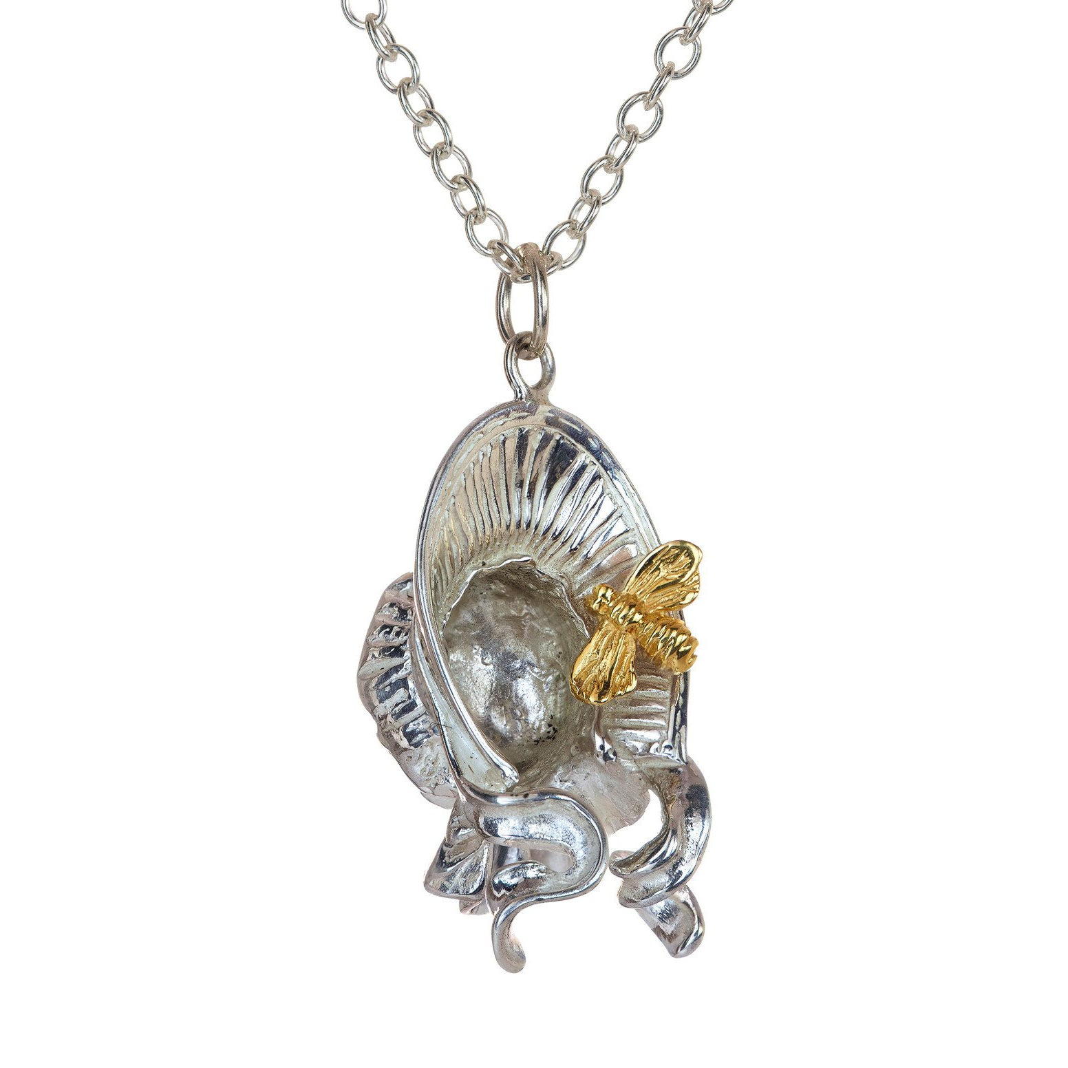 Bee in your Bonnet pendant