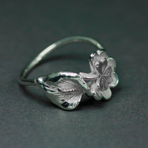 Sterling Silver Lily Ring detailing from the side, handcrafted Irish Jewellery.