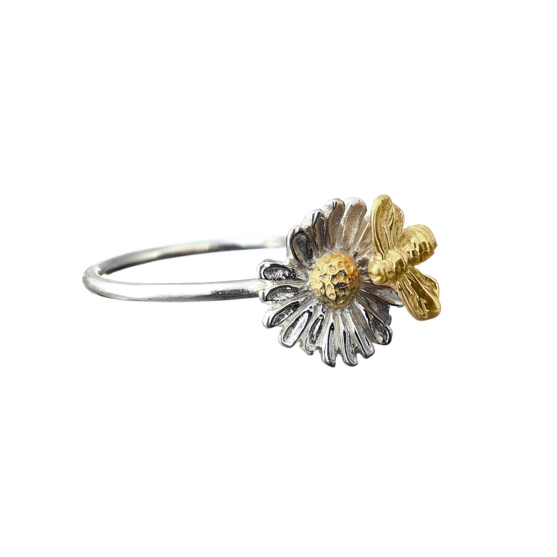 Daisy Ring with 14ct gold centre and bee