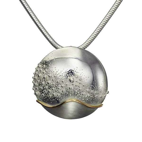Cúrsa an tSaoil  large domed pendant with a shiny Silver finish.