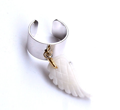 "Quartz Ring ""White Wing"""