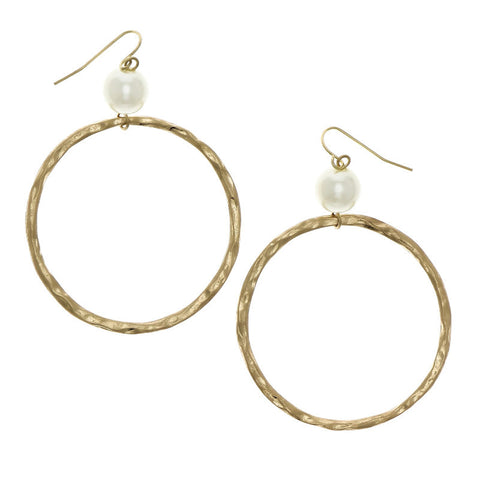Circle with Pearl Earrings