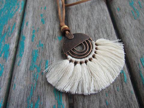 Fringe Necklace in Cream