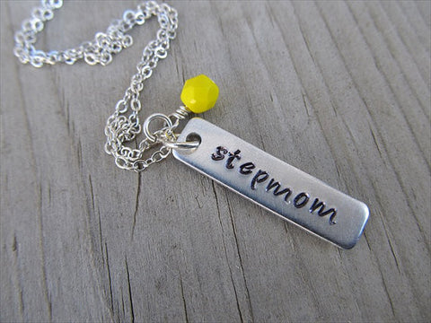 "Stepmom Necklace ""stepmom""- Hand-Stamped Necklace with an accent bead in your choice of colors- Stepmom Gift"