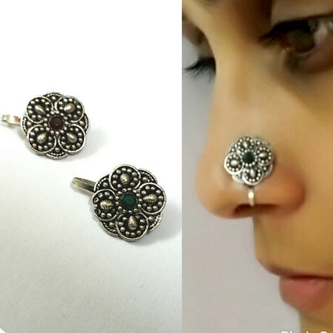 Floral Song Studded Nose Clipon
