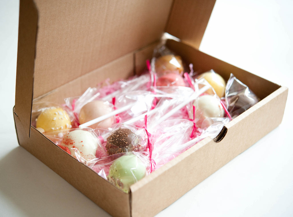 8 Raspberry & White Chocolate Torte Cake Pops