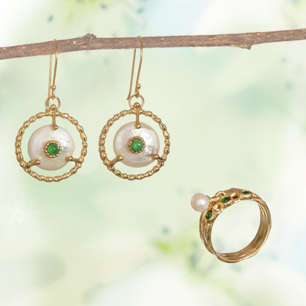Buy Queen Helene Earrings and Receive a Complementary Ring