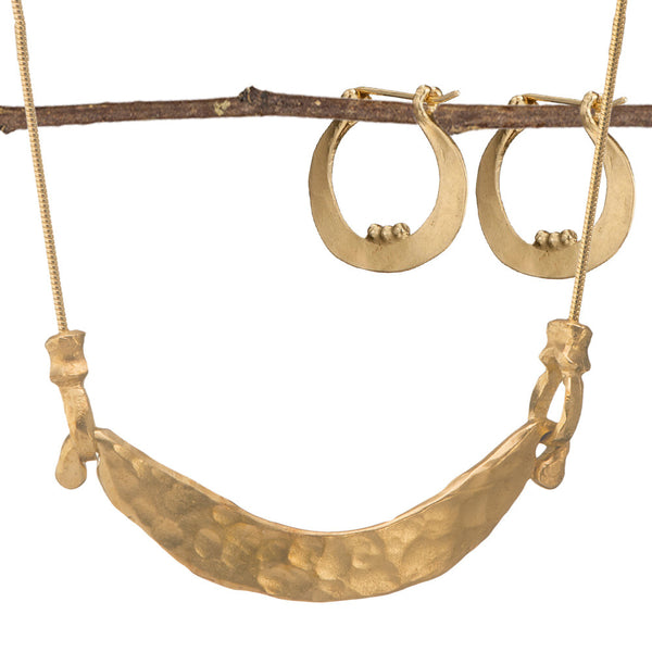 David's Harp Gold Earring and Necklace Set