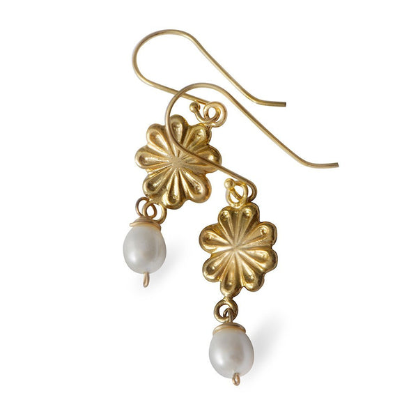 Flower Earrings With A White Pearl