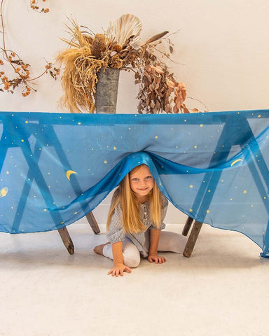 sarah's silks, starry night, dragonfly toys, open ended play, pedagogy, steiner, montessori