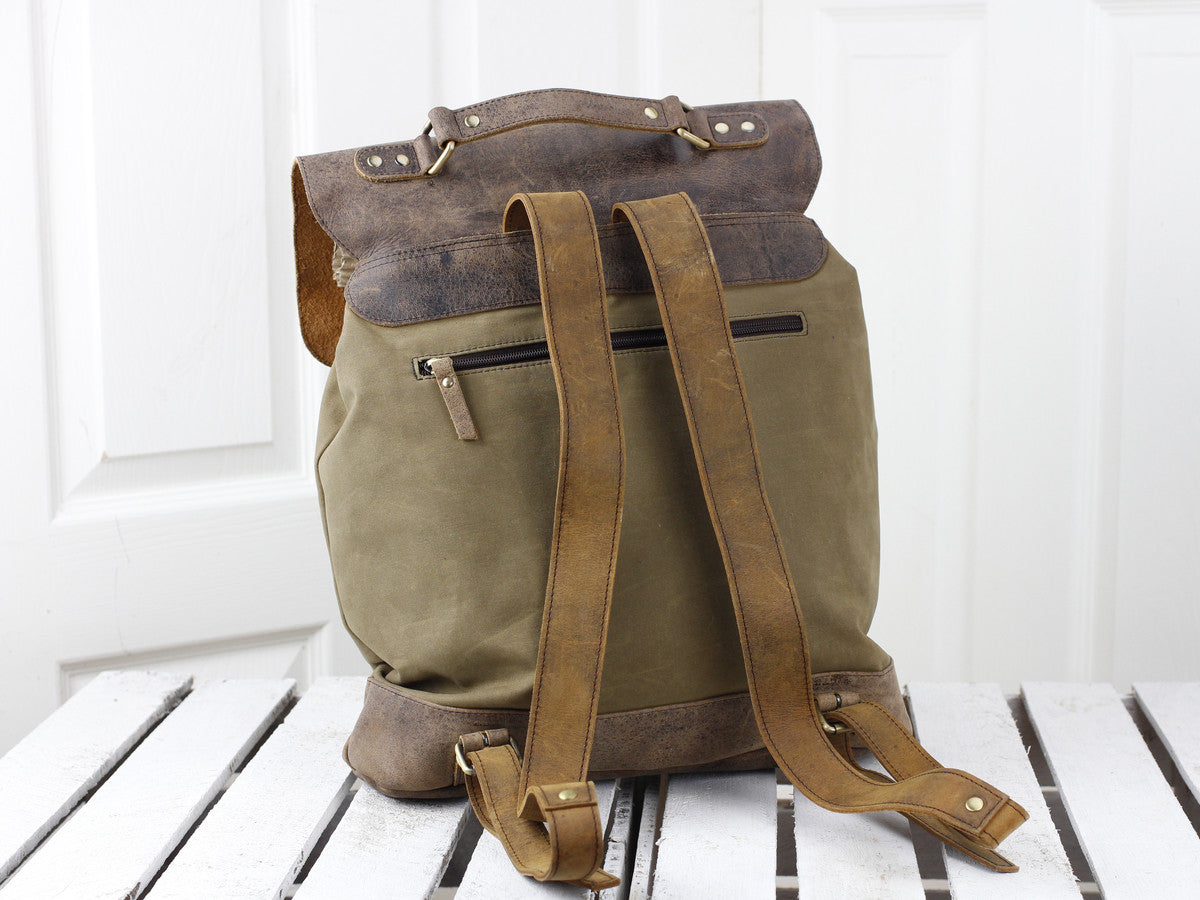 Scaramanga Mens Vintage Leather Canvas Large Backpack Style 14025 - Baked  Apple UK ... 0289e5b017532