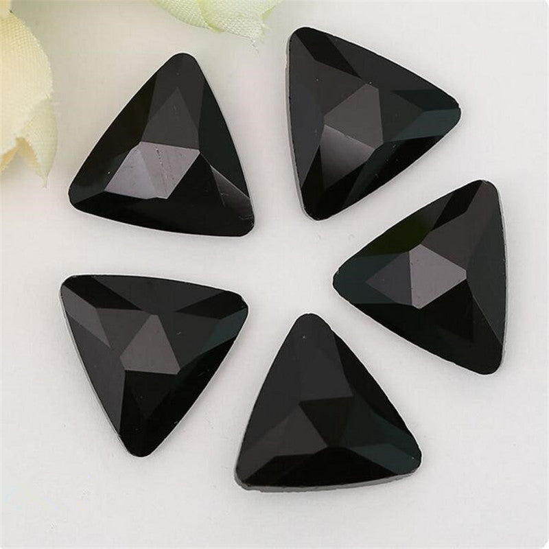 14mm Black Onyx Glass Triangle Pointback Chatons Rhinestones - 10pcs