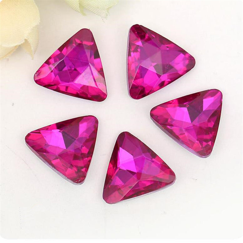 18mm Fuchsia Glass Triangle Pointback Chatons Rhinestones - 10pcs