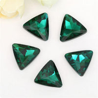 14mm Emerald Green Glass Triangle Pointback Chatons Rhinestones - 10pcs