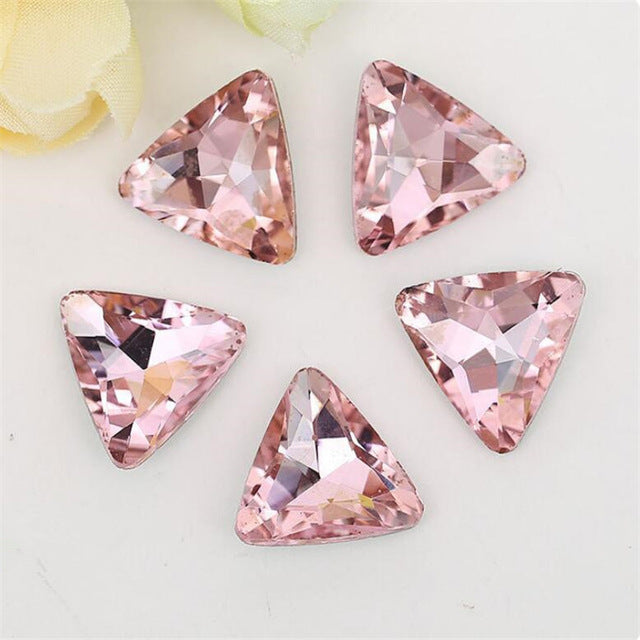 14mm Light Pink Glass Triangle Pointback Chatons Rhinestones - 10pcs