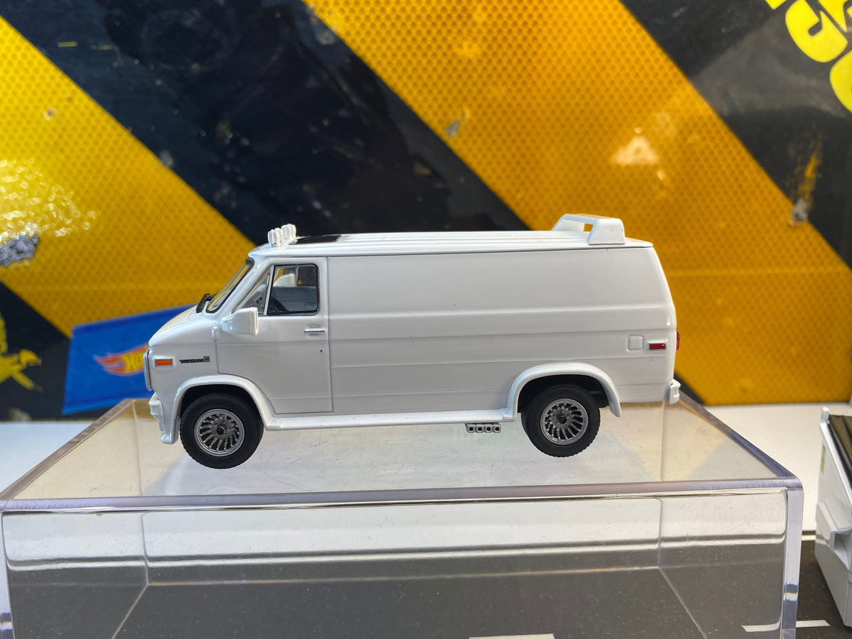 GMC Vandura 4.5in Blank by Greenlight