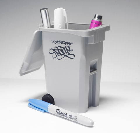 Desktop Trash Bin With Tags