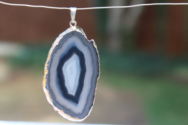 Agate Gemstone Pendant - Amazon Imports, Inc. - Fine Quality Gemstones and Jewelry Since 1978