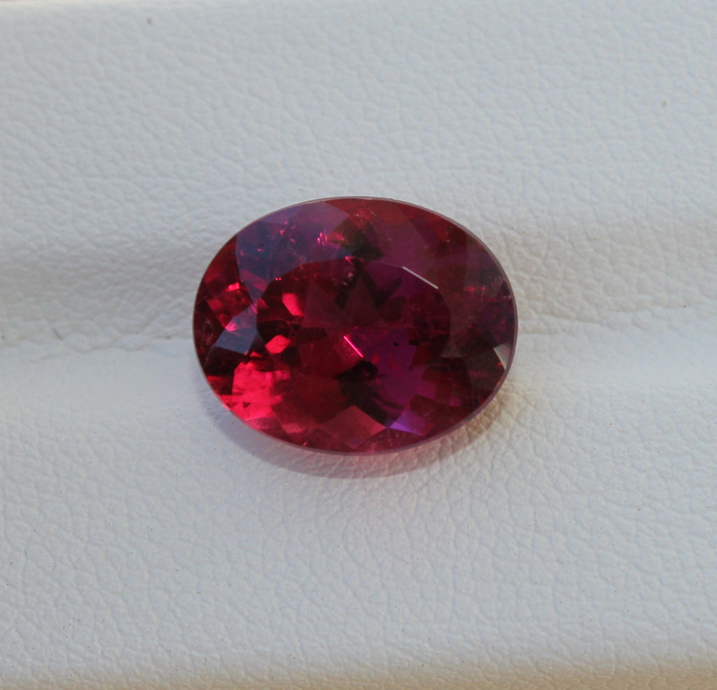 Rubellite Tourmaline Gemstone  -  5.60 cts. Oval - Amazon Imports, Inc. - Fine Quality Gemstones and Jewelry Since 1978
