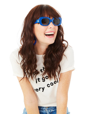 the velvet mirror sunglasses - sapphire blue