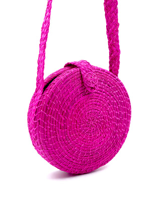 akumal woven circle crossbody bag - fuchsia