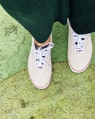 cream retro sports vans with kombu green accents