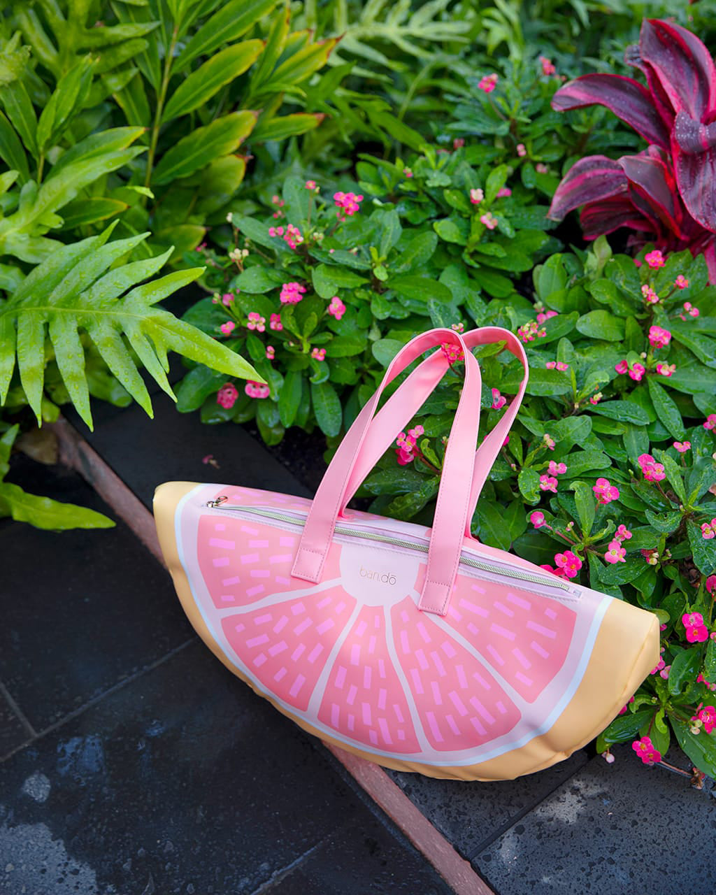 super chill cooler bag - grapefruit by ban.do - cooler bag - ban.do