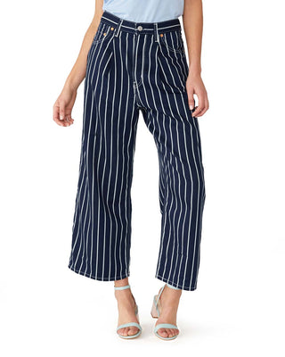 Ribcage Pleated Crop Jeans - On the Fence