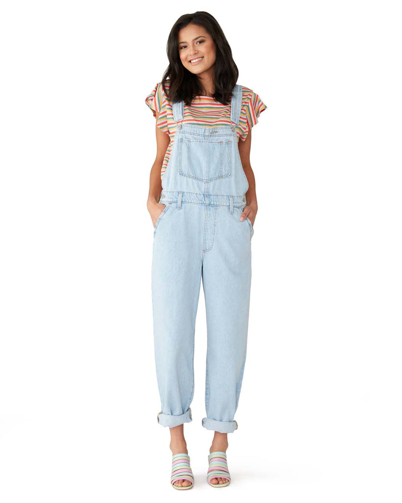 These baggy overalls are 100% cotton and feature a loose cut.