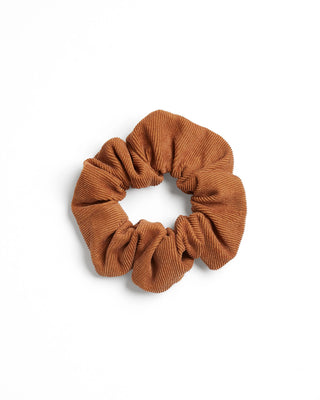 Corduroy scrunchie in brown.