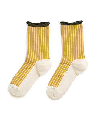 Crew sock with color-blocked footbed and ribbed cuff.