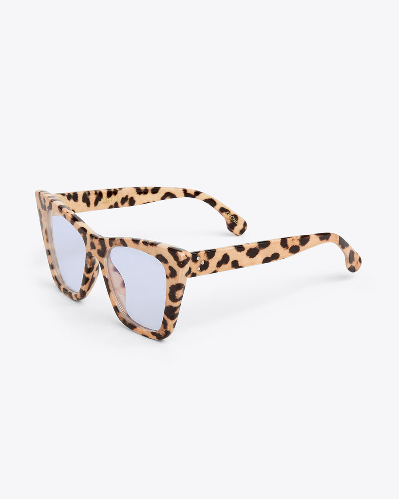 side view of thick rimmed glasses in beige leopard with blue light lenses